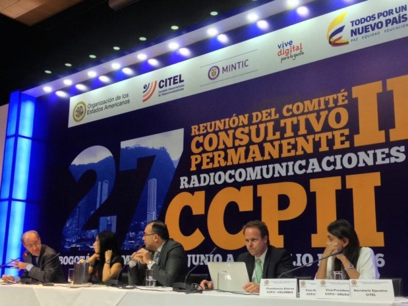 Mesa mediada por Fernando Bittencourt na Citel