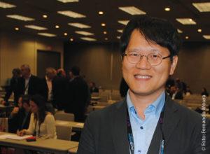 Para Young-Woo Su (KBS) o futuro da TV passa por sistemas inteligentes que utilizem a mobilidade