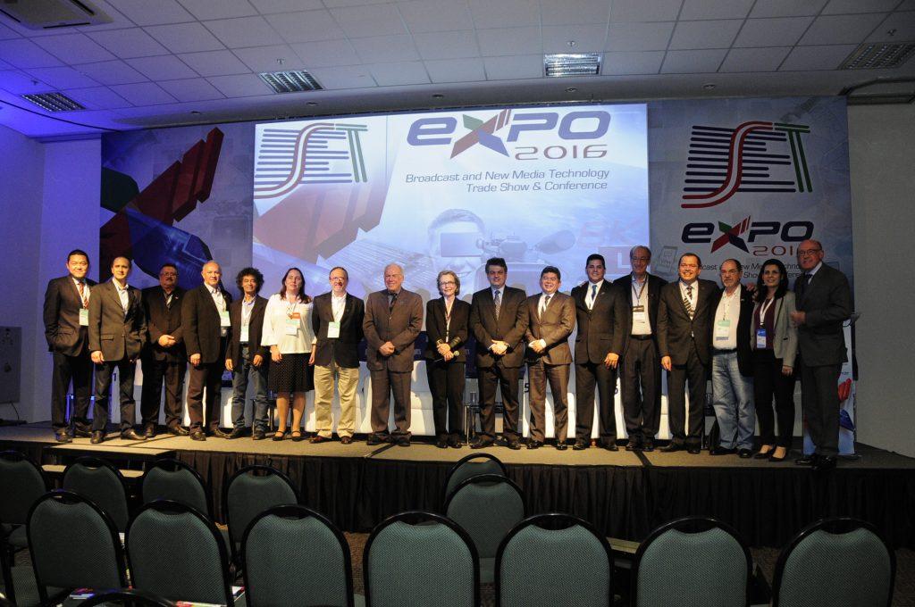 Membros da nova diretoria da SET para o biênio 2017-2018
