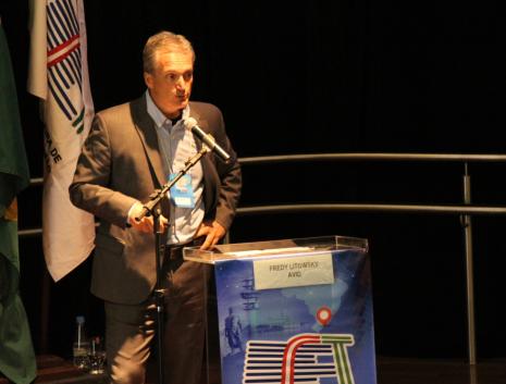 Fred Litowsky, diretor regional da AVID