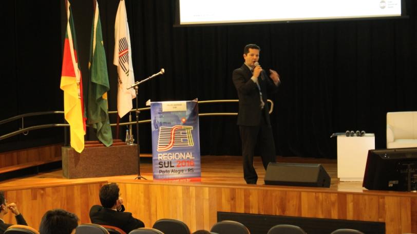 """Felipe Andrade, diretor Regional da Snell Advanced Media (SAM), apresentou """"A abordagem da SAM para a nova infraestrutura de transmissão baseada em sistemas IP e playout virtualizado"""""""
