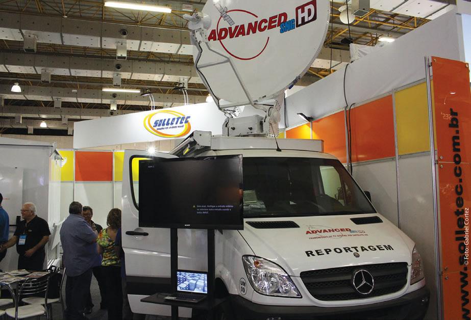 Solletec apresentou carro que produziu para a Advanced HD em seu estande no Expo Center Norte