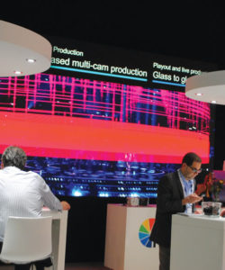 A NEP, como muitas empresas, apostam em grandes telas para mostrar os seus produtos. Neste caso, a produção multicâmera utilizando o conceito glass to glass da Grass Valley