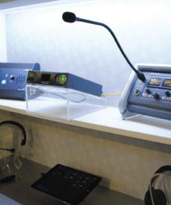 LQ Series para conexão IP com três modelos LQ-4WG2 (2 x 4-wire + GPIO); LQ-R4WG8 (8 x 4-wire + GPIO); e LQ-R2W4-4WG4 (4 x 2-wire e 4 x 4-wire + GPIO)