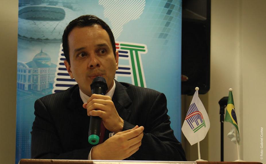 André Felipe Seixas Trindade (SET/ ABRATEL) afirmou que haverá a interrupção das transmissões analógicas, em 31 de dezembro de 2018, mesmo que a meta de 93% de residências preparadas para receber o sinal digital não seja atingida