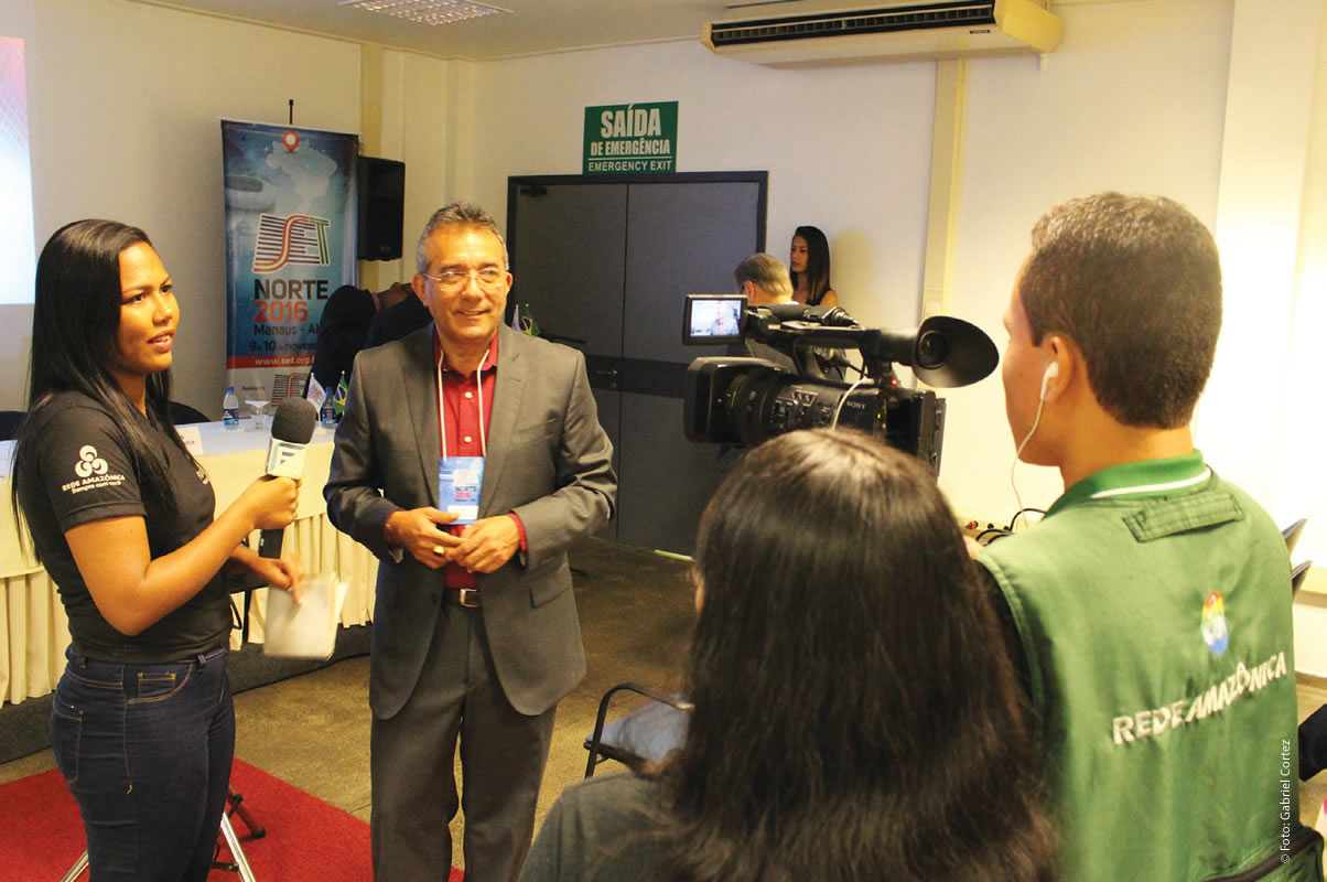 Equipe da Rede Amazônica transmitiu as palestras ao vivo via streaming em Manaus