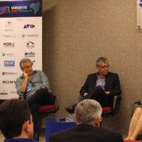 O Painel 8 debateu os impactos da internet no mercado de rádio e expôs detalhes do processo de migração do AM para o FM no Brasil e no Ceará © Foto: Gabriel Cortez