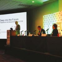 Fórum de Tecnologia foi moderado por Fernando Bittencourt (SET) e contou com a presença de Al Kovalick, fundador da Media Systems Consulting; e Bill Hayes, presidente do IEEE-BTS