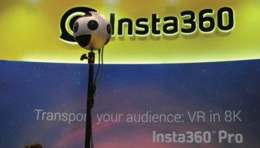A realidade  virtual (VR) está consolidada, agora a aposta passa pela qualidade  de áudio e vídeo, esta era uma  das sugestões  na NAB 2017,  um dispositivo que captura 8K com 6 lentes, em 3D 360 graus e permite live-streaming