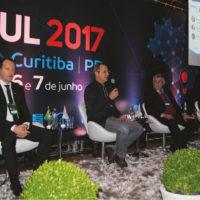 """Painel """"Cobertura Digital"""" debate o que fazer na região frente ao switch-off analógico de Curitiba e região agendado para o dia 31 de janeiro de 2018"""