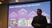 """A Avid lançou um novo conceito no IBC 2017: """"a nova realidade digital"""". Louis Fernandez Jr., CEO da companhia, afirmou que, nos últimos dois anos, a indústria mudou para uma forma de distribuição mais democrática. Os aumentos, em sua opinião, se dão na criação de conteúdos: """"Hoje, temos dez vezes mais plataformas de OTT, mais de 50% de aumento do consumo de vídeo, e um aumento de 3 a 4% na publicidade"""", por isso """"é necessário criar conteúdos de qualidade para todos os públicos e em diferentes direções"""""""