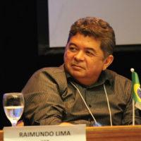 """O diretor editorial da SET, Raimundo Lima, moderou a sessão """"Agilidade na produção jornalística para TV e todas as mídias"""""""