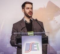 Igor Krauniski -INTELIGÊNCIA ARTIFICIAL E ASSISTENTES VIRTUAIS NO CENÁRIO DAS MÍDIAS