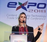 Paloma Santucci  QUEM AGREGA QUEM? A CORRIDA PARA CONTROLAR O FUTURO DA DISTRIBUIÇÃO DE VÍDEOS!