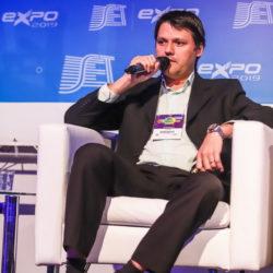 Alberto Leonardo Penteado Botelho – Engenheiro de projetos na LM Telecomunicações